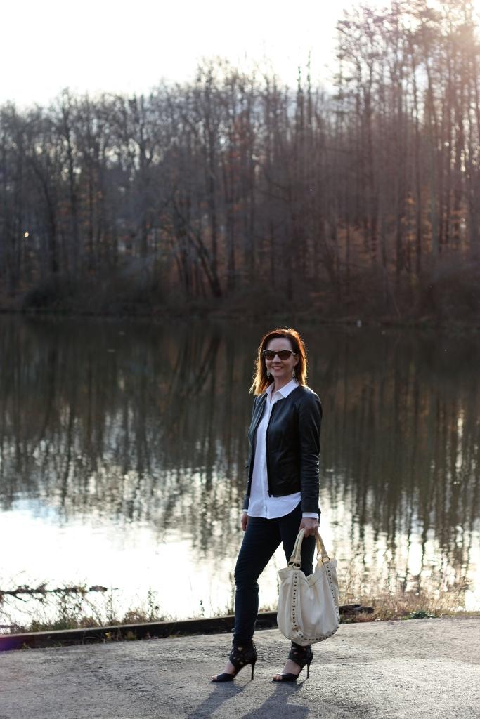 leather-jacket-black-jeans