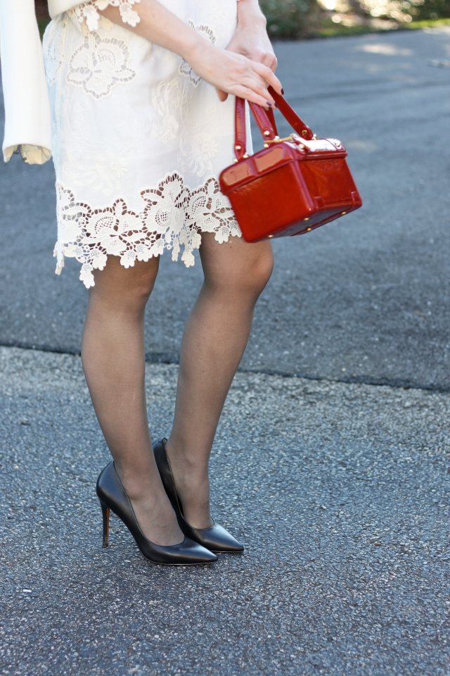red-patent-leather-purse