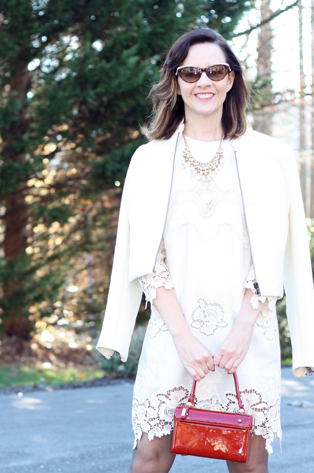 winter-white-holiday-outfit