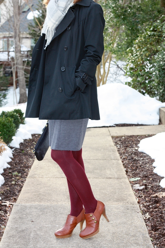 wine-colored-tights