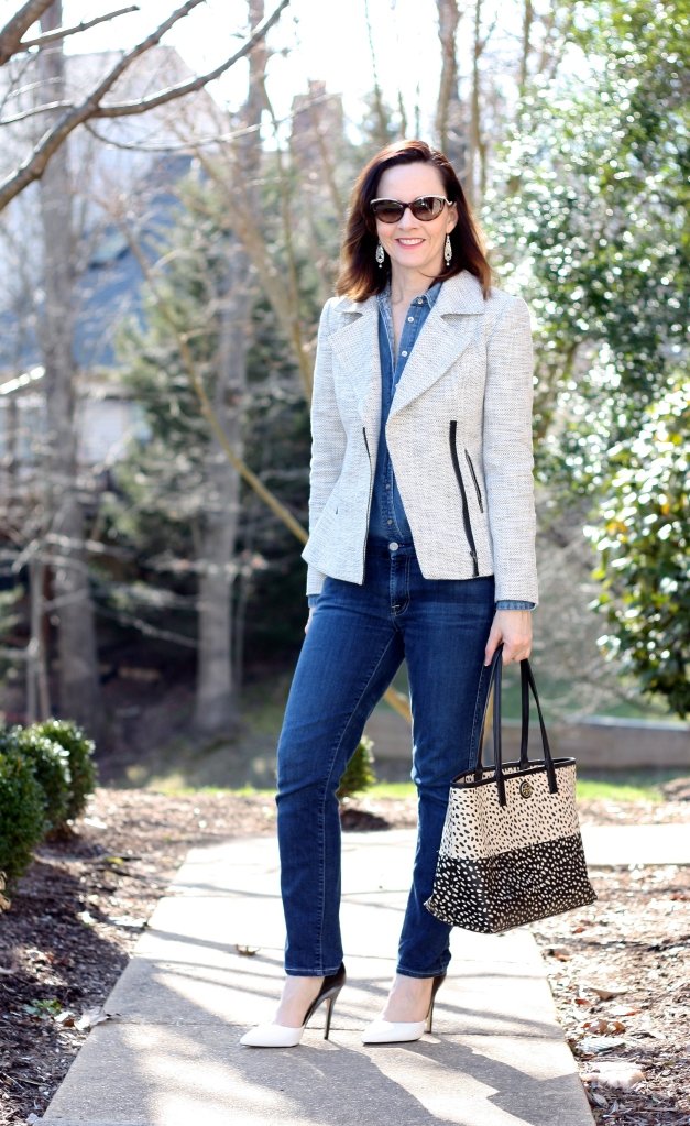 gray-tweed-jacket-and-jeans