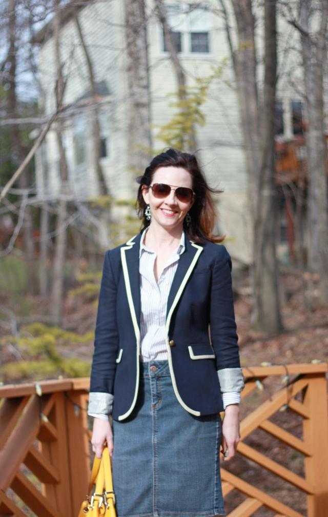 navy-and-white-spring-blazer