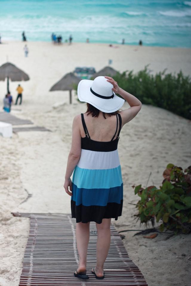white-sun-hat