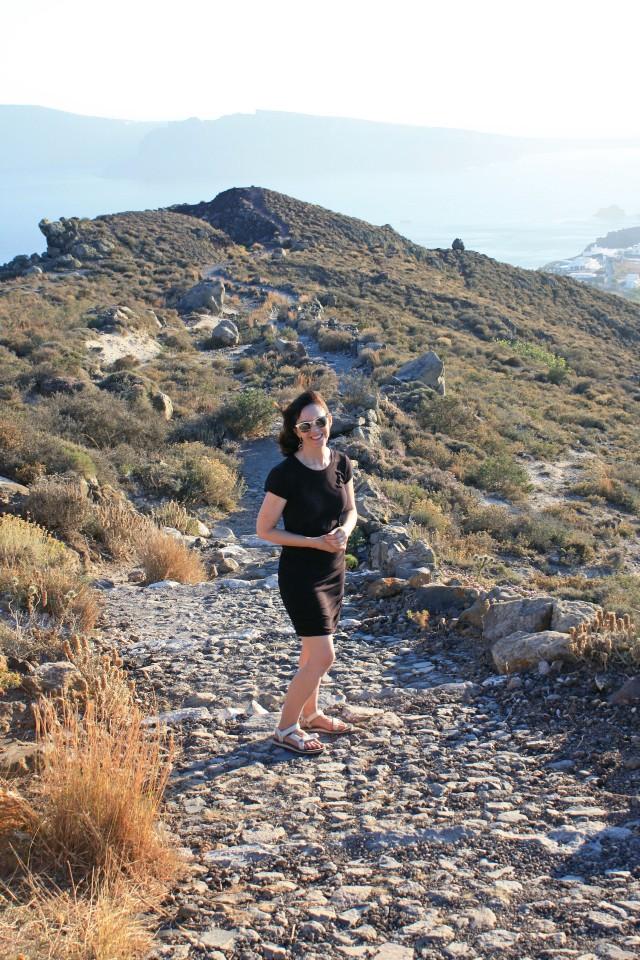 hiking-to-oia